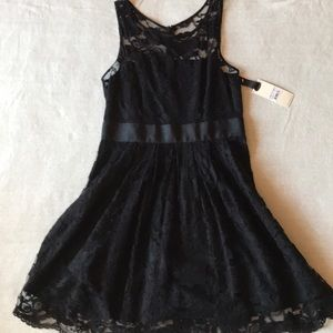 NWT BB Dakota lace black dress